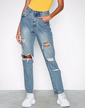 Missguided Jeans Low Rise Ripped Boyfriend