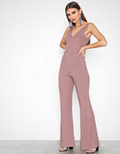 NLY Trend Rosa Wide Rib Jumpsuit