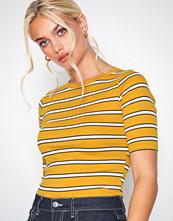 New Look Yellow Stripe 1/2 Sleeve T-Shirt