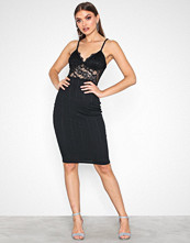 Missguided Black Lace Top Bandage Midi Dress