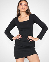Missguided Black Long Sleeve Square Neck Dress