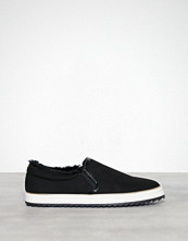 River Island Fur Lined Pinapple Plimsoll