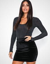 NLY One Svart Mini Velvet Skirt