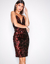 NLY One Rød Strappy Sequins Dress
