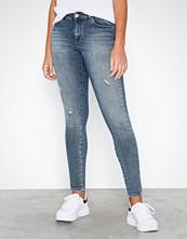 Only Blå onlCARMEN Reg Sk Dnm Jeans REA1623