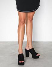 NLY Shoes Svart Plateau Mule Heel