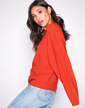 NLY Trend Red Sleeve Focus Knit