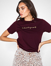 New Look Wine Kind To Yourself Embroidered Slogan T-Shirt