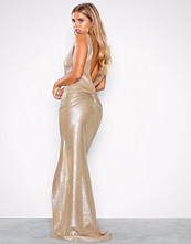 NLY Eve Gull Shiny Deep Back Gown
