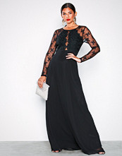 NLY Eve Svart Whenever Lace gown