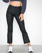 Gina Tricot Nova Kickflare Black Coated Jeans