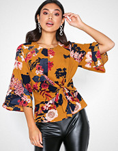 Ax Paris Floral Blouse