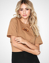 Missguided Fanny Lyckman Cropped Tee