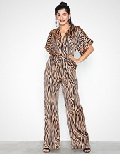Missguided Satin Animal Print Belted Jumpsuit