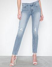 Calvin Klein Ckj 021 Mid Rise Slim
