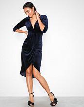 TFNC Liana Dress