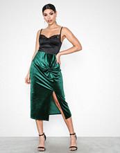 NLY Trend Velvet Knot Skirt