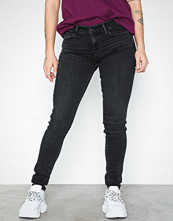 Levi's Innovation Super Skinny Word