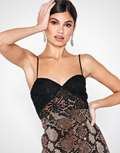 NLY Trend Lace Bustier Top