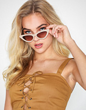 NLY Accessories Edgy Sunglasses Sand
