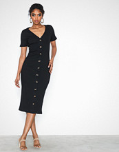 Glamorous Short Sleeve Button Ribbed Dress