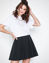 Only onySTEADY Mw Neo Faux Leather Skirt
