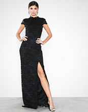 NLY Eve Rose Lace Gown Svart