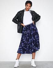 Closet Plissé Skirt