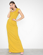 NLY Eve Square Neck Cap Sleeve Gown