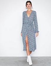 Vila Viflowerbed L/S Wrap Dress