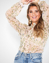 NLY Trend Daydream Blouse
