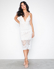 Love Triangle Heaven On Earth Midi Dress