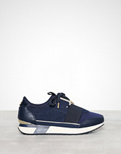 River Island Gold Trim Runner