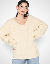 Missguided Premium V Neck Boyfriend Jumper