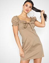 NLY Trend Heart Off Shoulder Dress