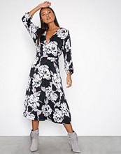 Gestuz Flica dress