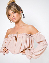 NLY Trend Soft Off Shoulder Blouse Rosa