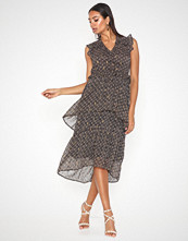 Neo Noir Selma Crepe Chiffon Dress