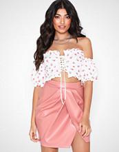NLY One Leatherlook Slit Skirt