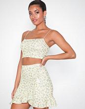 NLY One Frill Mini Print Skirt Gul