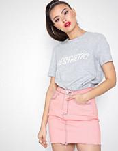 Missguided Raw Hem Contrast Stitch Denim Mini Skirt
