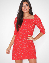 River Island Red printed puff sleeve ditsy dress