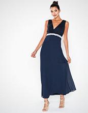 Sisters Point Andrea Maxi Dress