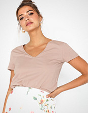 NLY Trend Perfect V Neck Tee
