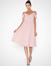 Chi Chi London Anamelia Dress