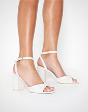 NLY Shoes Twist Heel Sandal Hvit