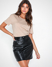NLY Trend Detailed Pu Skirt