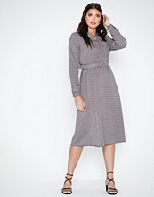 Only Onlisak L/S Sleeve Medi Dress Wvn
