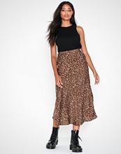 Glamorous Spotty Skirt