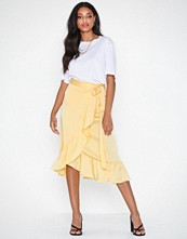 Neo Noir Mika Solid Skirt Light Yellow